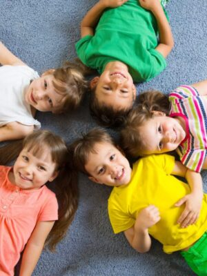 photodune-7522063-cute-children-study-at-daycare-s-600x600